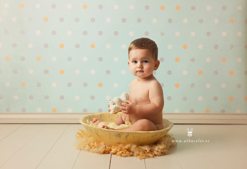 sesión de fotos de seguimiento del primer año del bebé