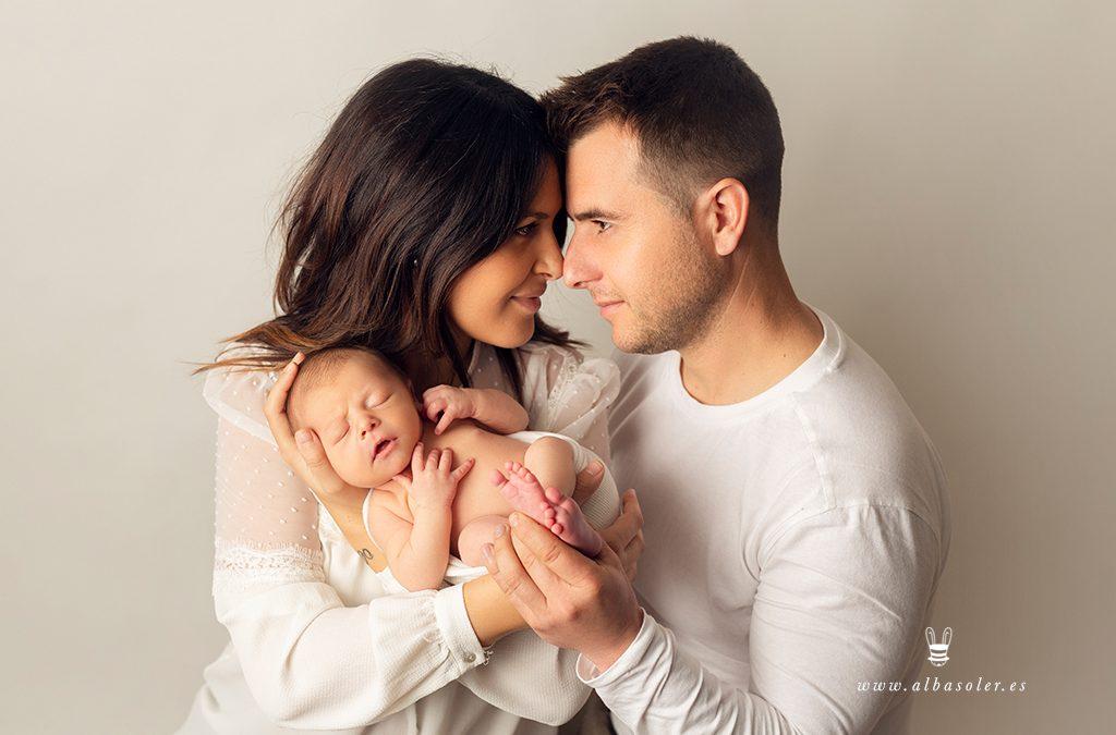 Sesión de fotos de recién nacido con padres – Xàtiva – Valencia