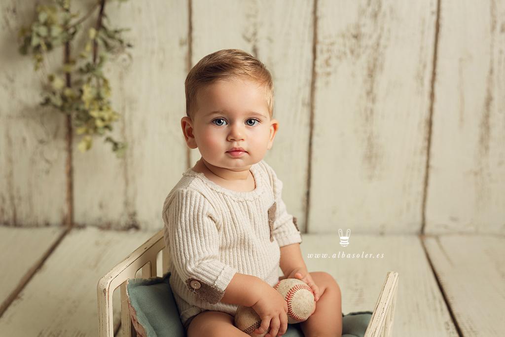 sesión de fotos de crecimiento del primer año del bebé