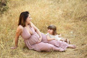 Fotografía de embarazada en familia