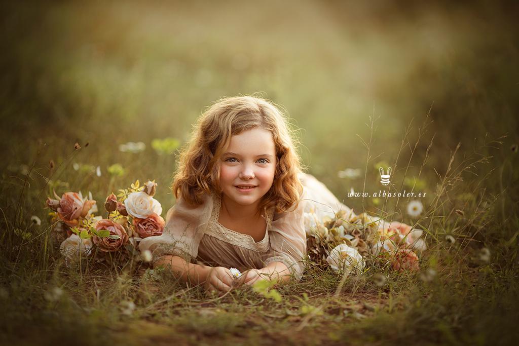 Fotos de niñas en el campo con vestidos de princesa
