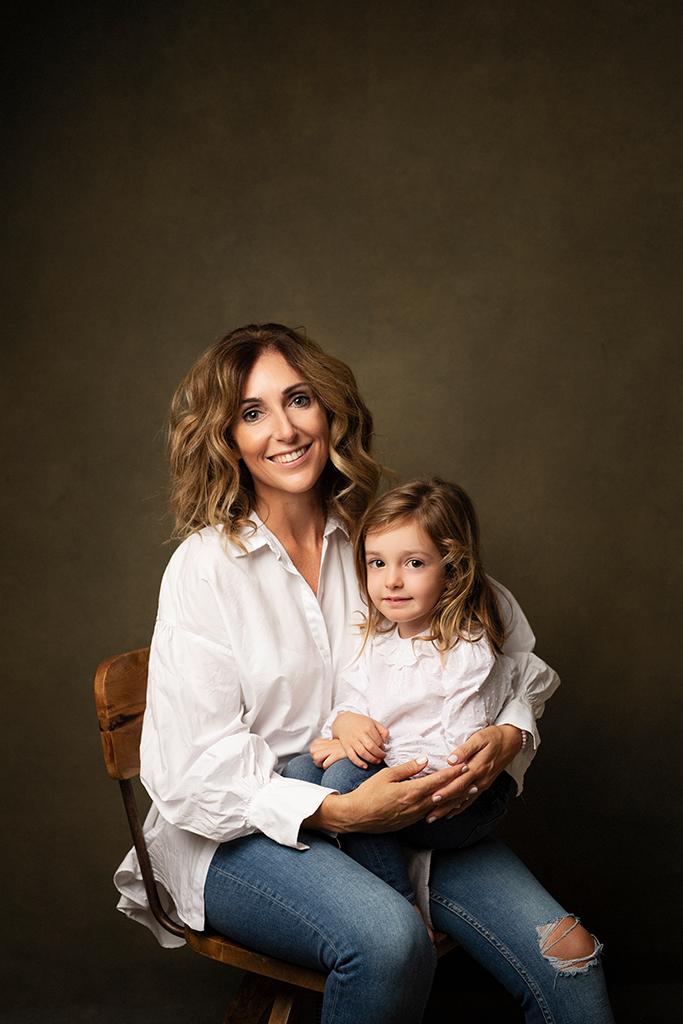 retrato creativo madre e hija